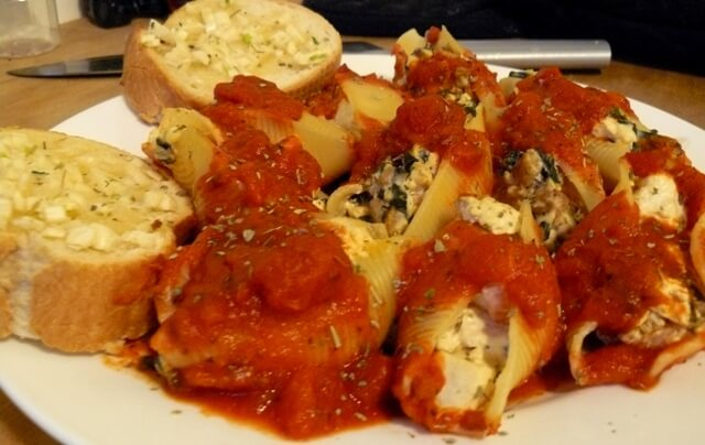 Spinach and Meatball Stuffed Shells