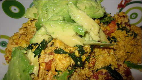 peta2 recipe for vegan cheesy tofu scramble