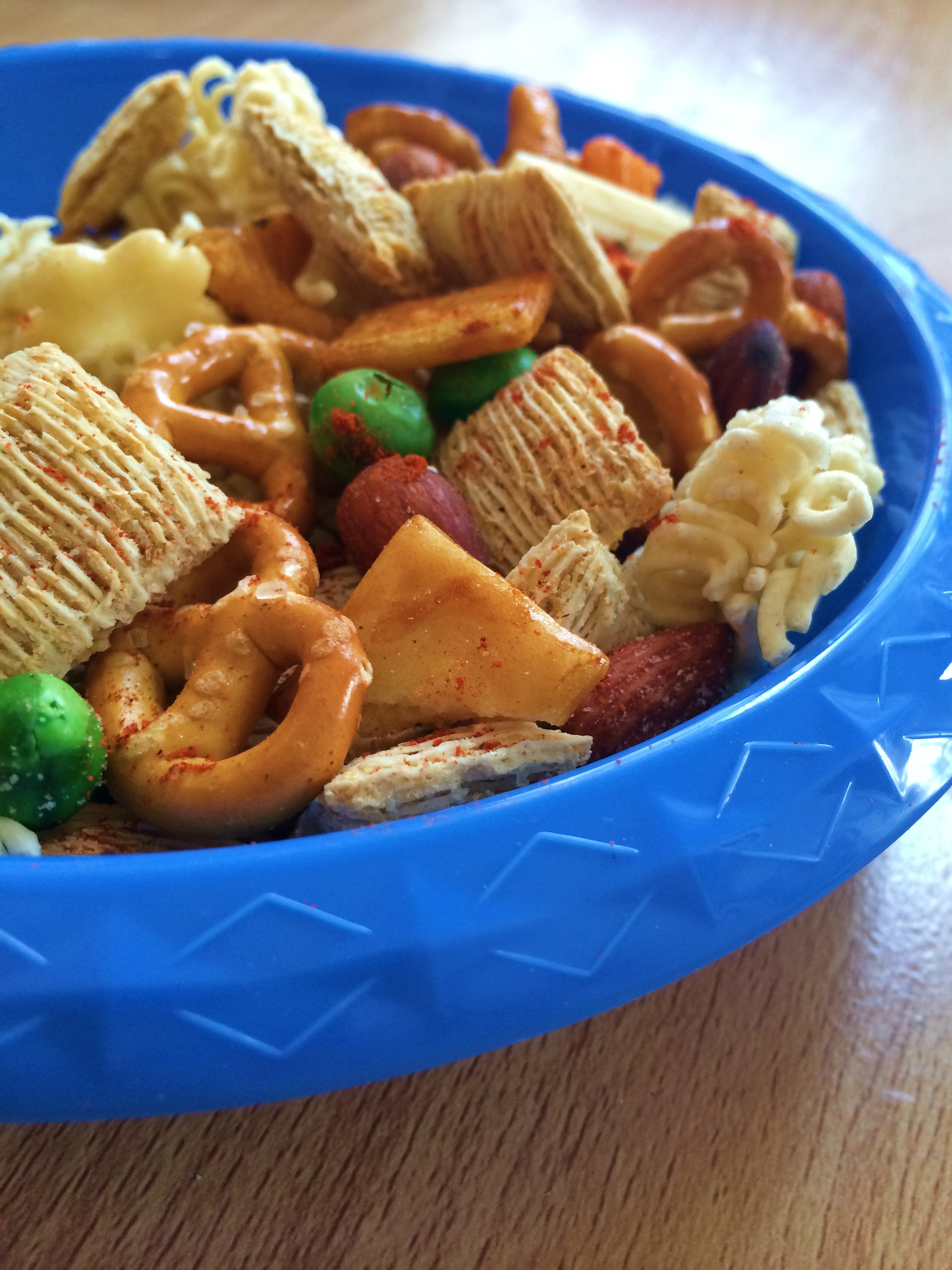 vegan chex mix ramen snack