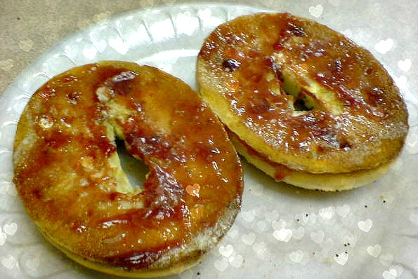 Bagel with jam