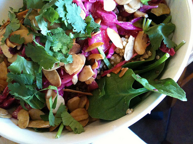salad with quinoa and almonds