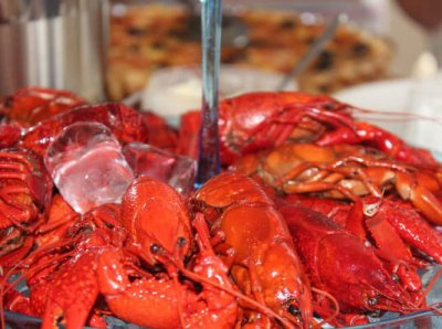 4 Reasons Why You Shouldn't Eat Crayfish